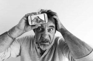 stéphane Allais selfie désespéré a la manière de
